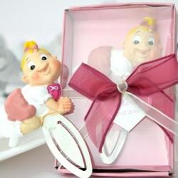 Marturii botez ieftine pentru fete DG208 – semn de carte bebe roz – 9,5 x 6 cm – 7 lei/buc