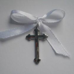 Cruciulite botez fete si baieti  C008 – 2 lei/buc (culoarea funditei poate fi modificata in functie de preferinte si tematica aleasa)