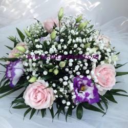 Aranjamente florale nunta si botez ieftine cu trandafiri, lisianthus si gipsofila AN020 80 lei