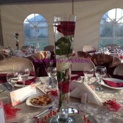 Aranjamente florale nunta Bucuresti trandafiri in vaza AN023 – 30 lei