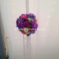 Lumanari nunta cu lisantius, trandafiri, dalii, garoafe, hortensie, cupe orhidee si santinii verde LN016 – 999 lei/perechea