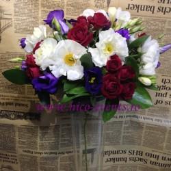 Aranjamente florale nunta lalele, frezii, miniroze si anemone AN008 – 150 lei