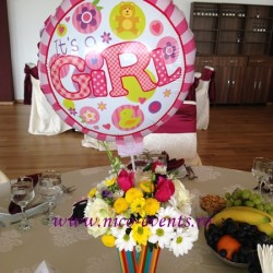 Aranjamente florale multicolore botez fetita – tematica circ botez Restaurant Phoenix Cernica AN006 120 lei
