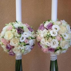 Lumanari nunta cu trandafiri, lisantius si frezii LN019 – 749 lei/perechea