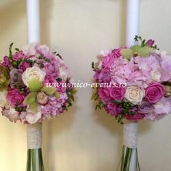 Lumanari nunta cu orhidee, frezii, hortensie si trandafiri LN013 – 899 lei/perechea