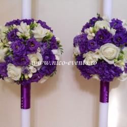 Lumanari nunta cu lisantius, frezii si trandafiri LN012 – 799 lei/perechea