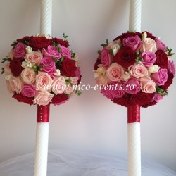 Lumanari nunta cu trandafiri si frezii LN005 – 649 lei/perechea