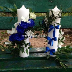 Lumanari nunta scurte cu trandafiri albastrii si orhidee dendrobium LN002 – 329 lei/perechea