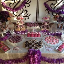 Candy bar nunta tematica mov 50 persoane
