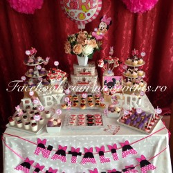 Candy bar botez fetita tematica Minnie Mouse 30 persoane