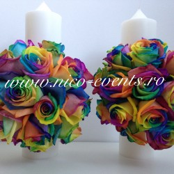 Lumanari cununie 30 cm inaltime cu trandafiri rainbow LN060 – 650 lei/perechea