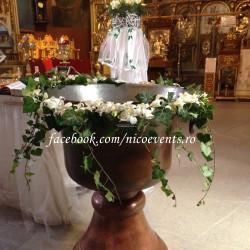 Cristelnita botez cu orhidee dendrobium si hedera CB007